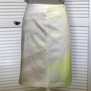 TAHARI Skirt in sweet tart, Size 14